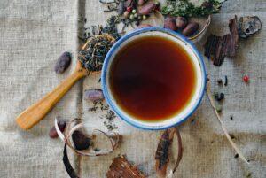 Ceaiul care-ți protejează plămânii și îmbunătățește capacitatea respiratorie. Ameliorează tusea, astmul, bronșita, iar beneficiile sale nu se opresc aici