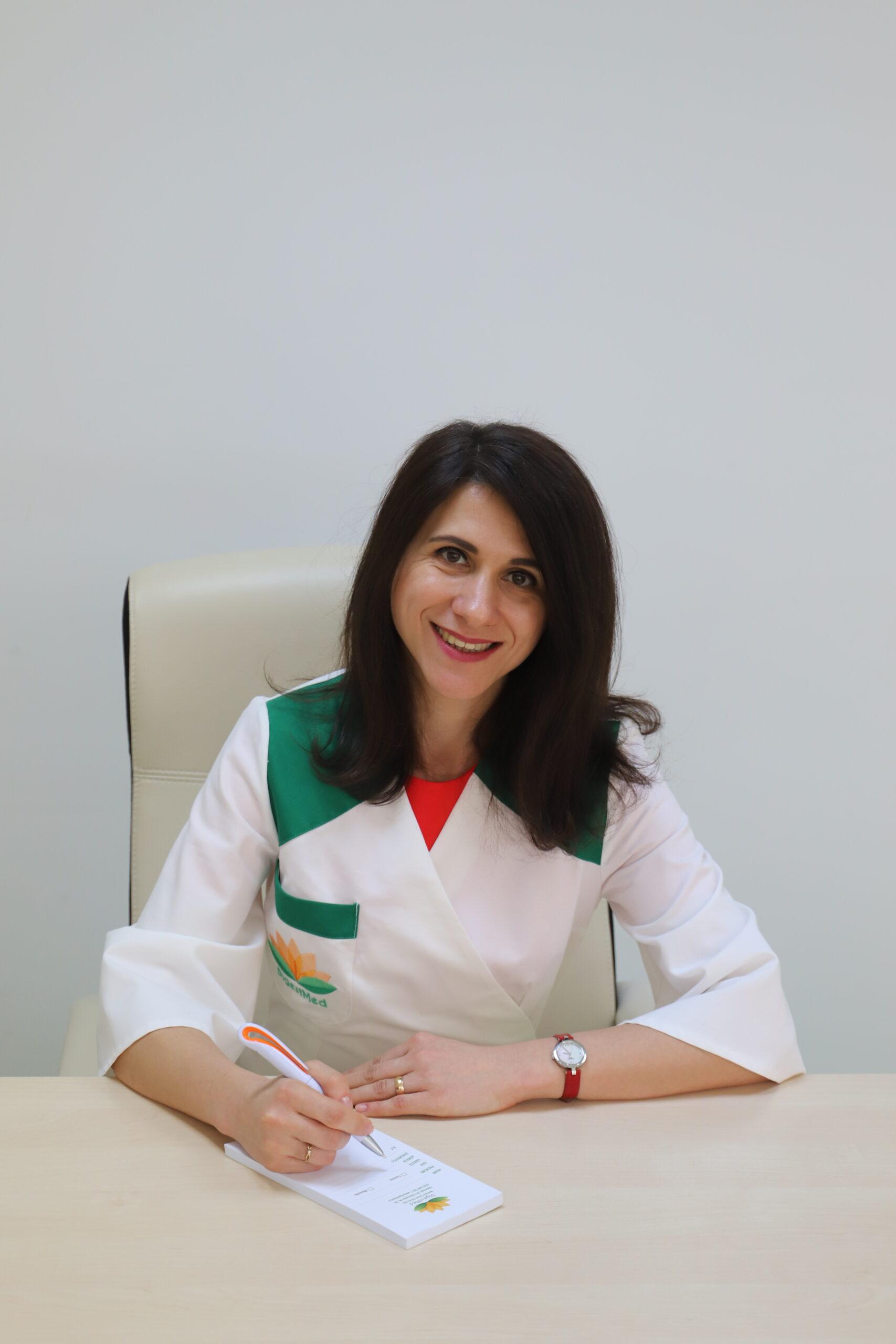 Ghid de vacanță pentru a evita enterocolitele. Sfaturi practice de la gastroenterologul Elena Ciupercă